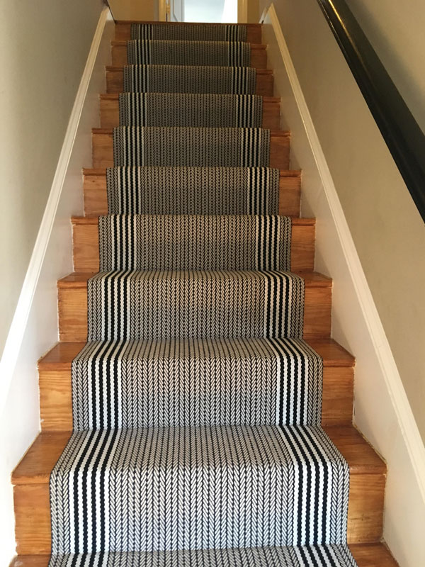 Black and White Stair Carpet with Straight Lined by Farsh